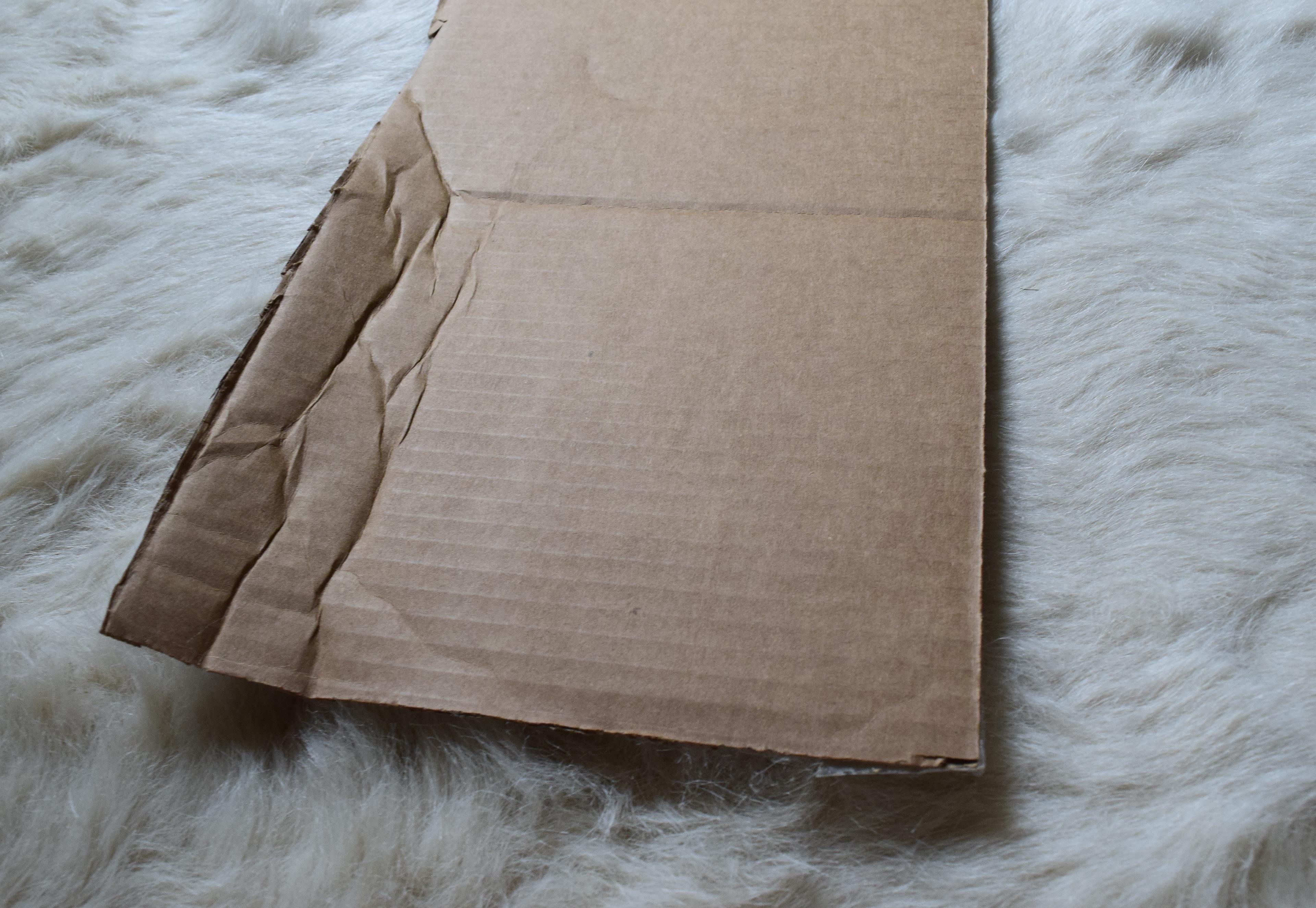 kelsie thomas arum cardboard chair