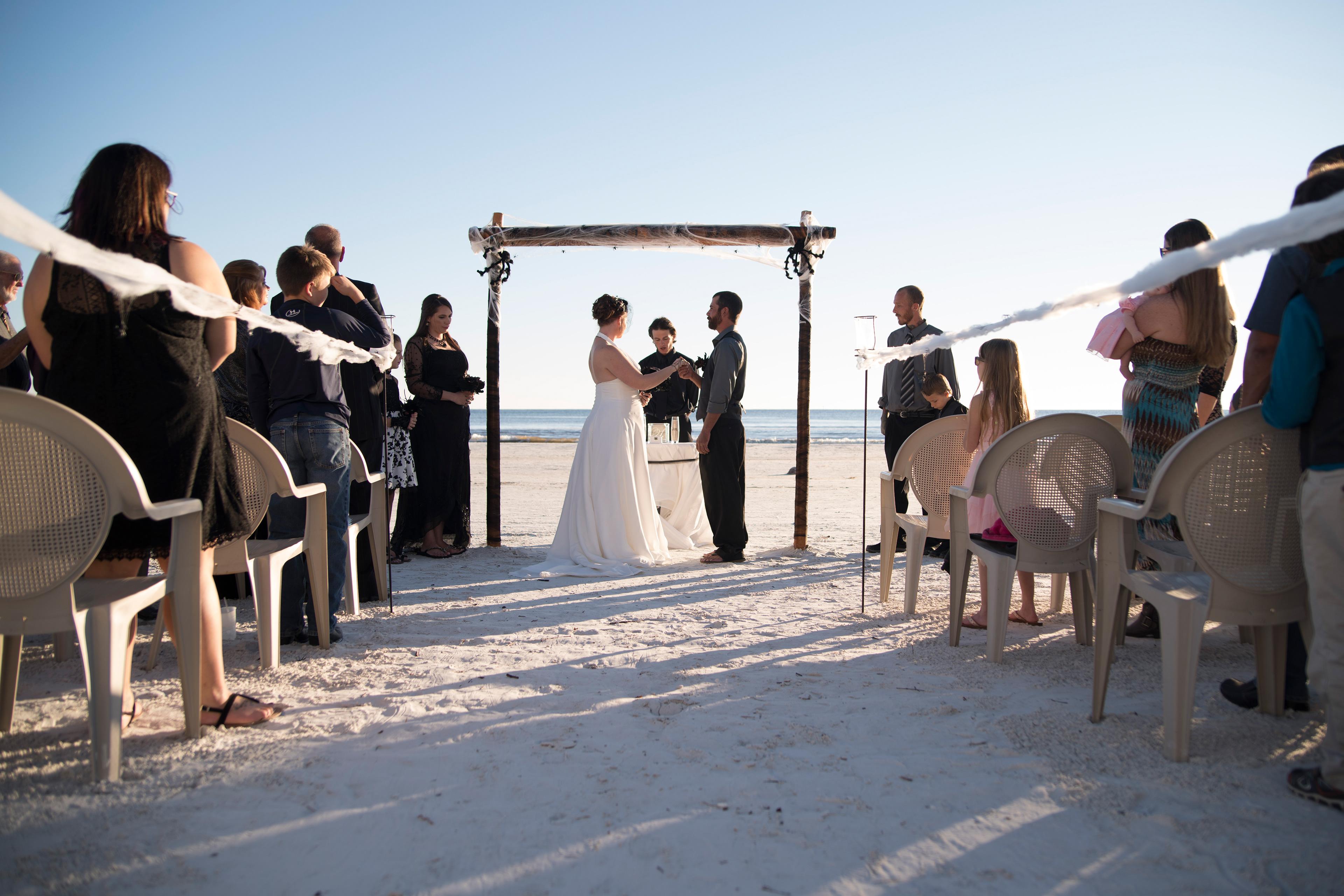 Courtney Nicole Photography - Shanblatt wedding